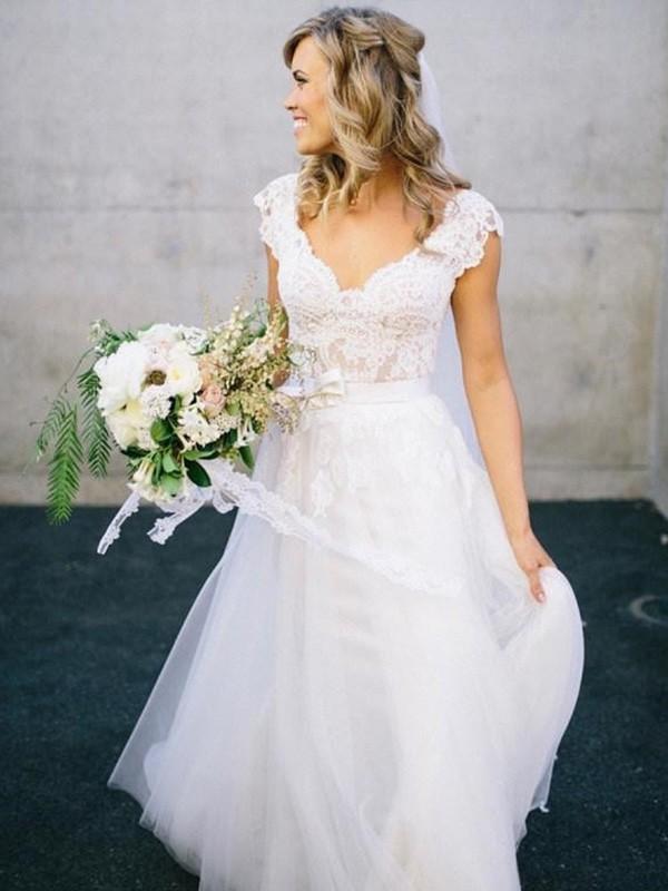 Principessa Scollatura a V Al pavimento Senza maniche Pizzo Tyll Abiti da Matrimonio