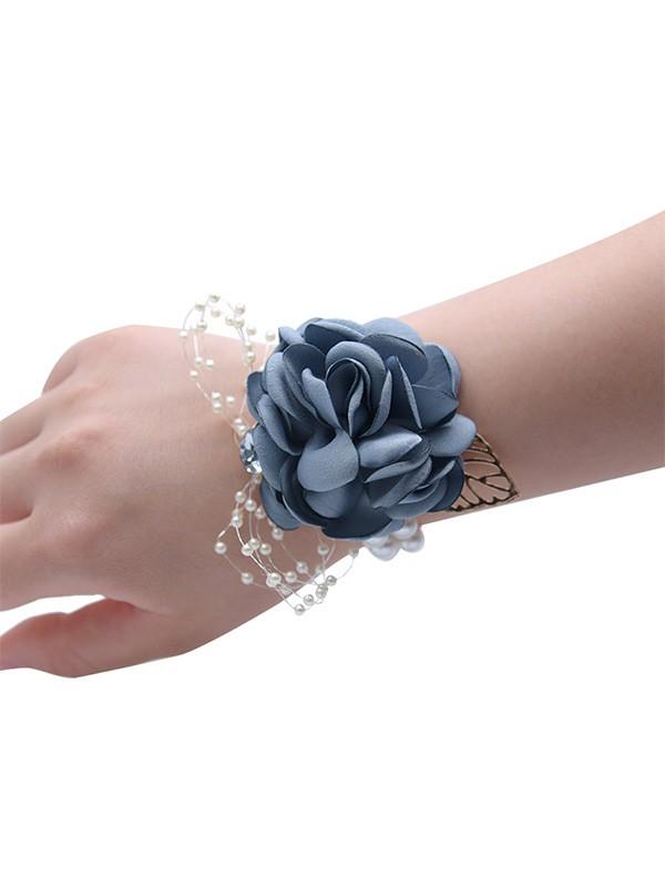 Elegant Cloth Wrist Corsage