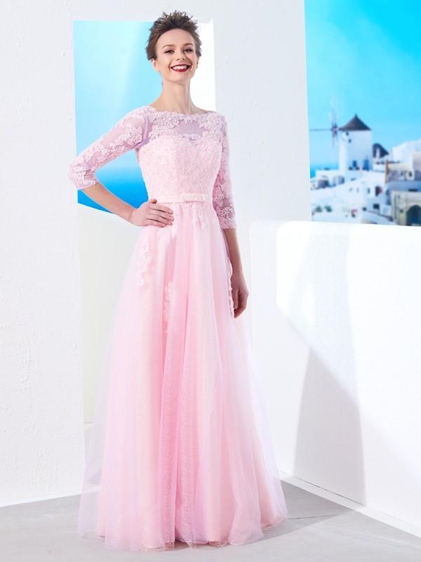 Principessa Scollo a barchetta Mezze maniche Al pavimento Applique Tyll  Abiti 37363b60eea
