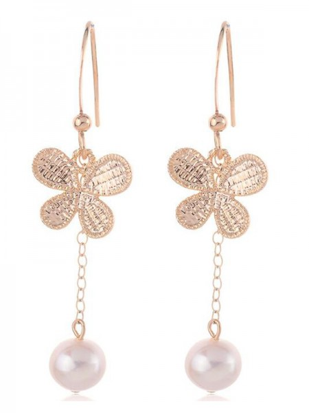 Korean Fancy Pearl With Butterfly Orecchini