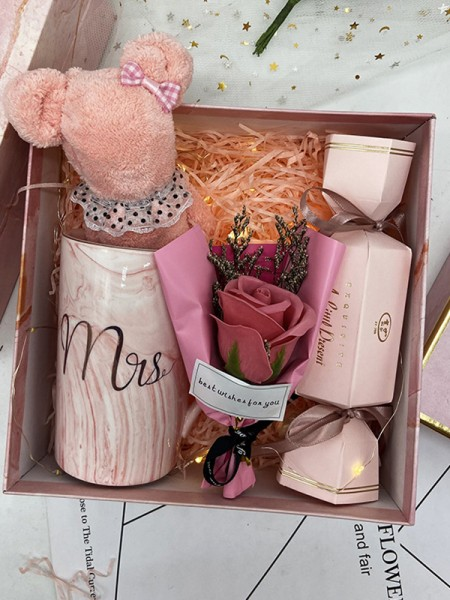 Fancy Wedding Gift Box For Damigella d'onore