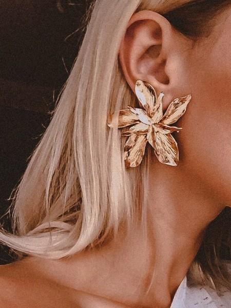 Women's Unico Floral Metal Hot Sale Orecchini