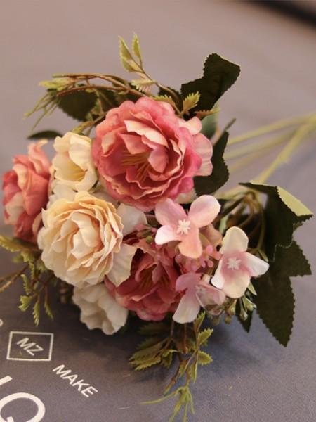 Delicate Free-Form Silk Flower nuzialemazzi
