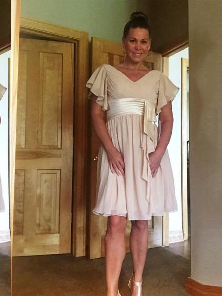 Principessa Scollatura a V Maniche corte Chiffona Sciarpa/Nastro/Cintura Al ginocchio Abiti Mamma Sposa