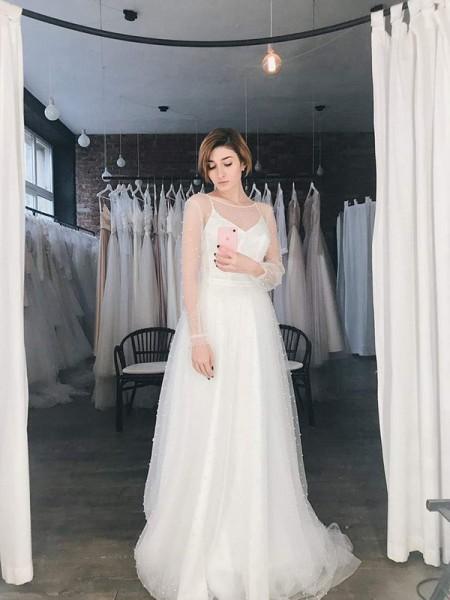 A-Line/Principessa Tyll Perline Tondo Lungo Sleeves Sweep/Spazzola treno Abiti da sposa