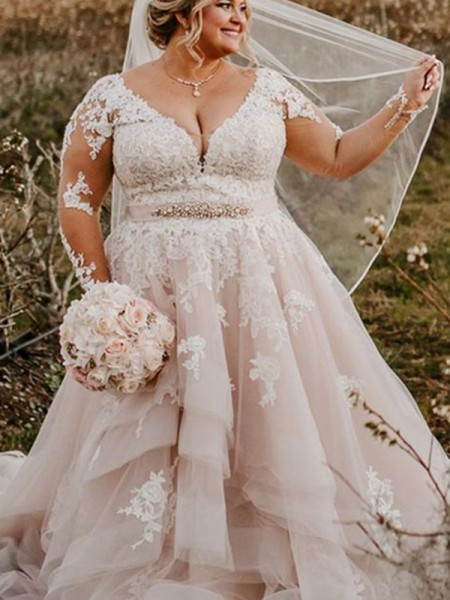 Ball Gown Long Sleeves Sweep/Brush Train Tyll Applique V-neck Plus Size Wedding Dresses