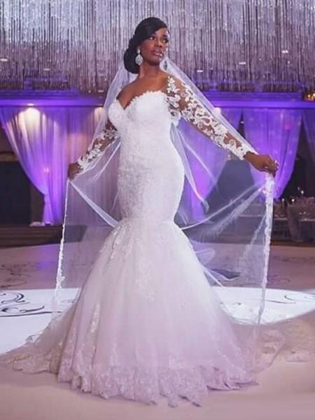 Sirena Maniche lunghe Scollatura a cuore Strascico Informale Applique Tyll Abiti da Matrimonio