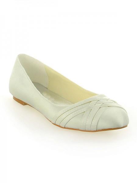 Donna Raso punta chiusa Heel piatto Ivory Scarpe da sposa