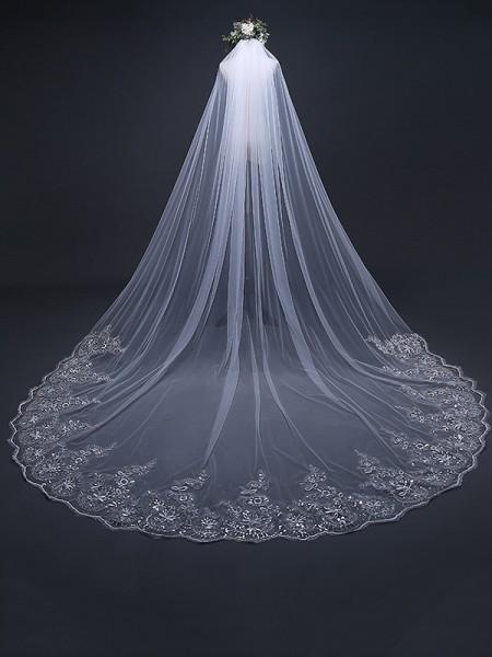 Elegante Tyll With Pizzo Lungo Wedding Veils